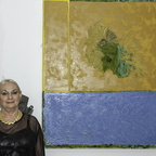 Oshrit Mintz and her painting
